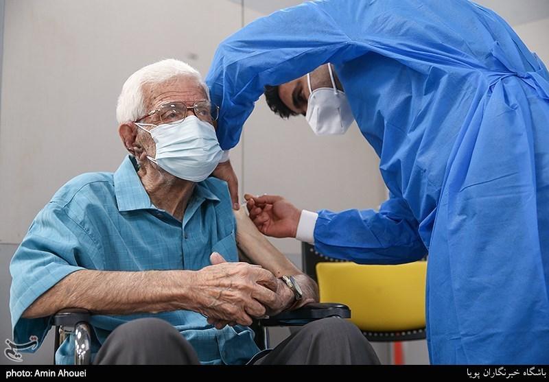 گزارش// واکسیناسیون عمومی با واکسنهای ایرانی در انتظار مجوز وزارت بهداشت