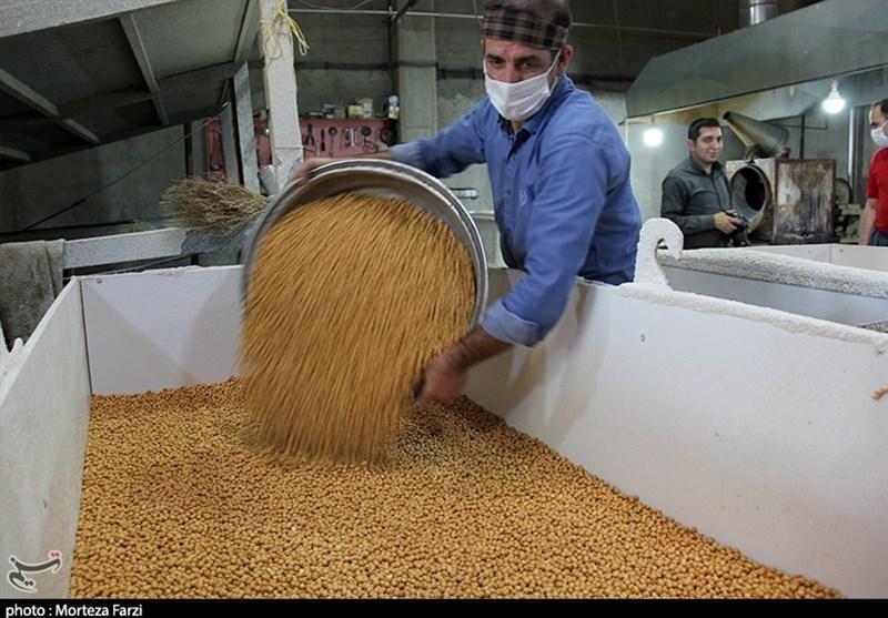 رونق کارگاههای اقتصاد مقاومتی نخودپزی آذربایجان شرقی+ تصاویر