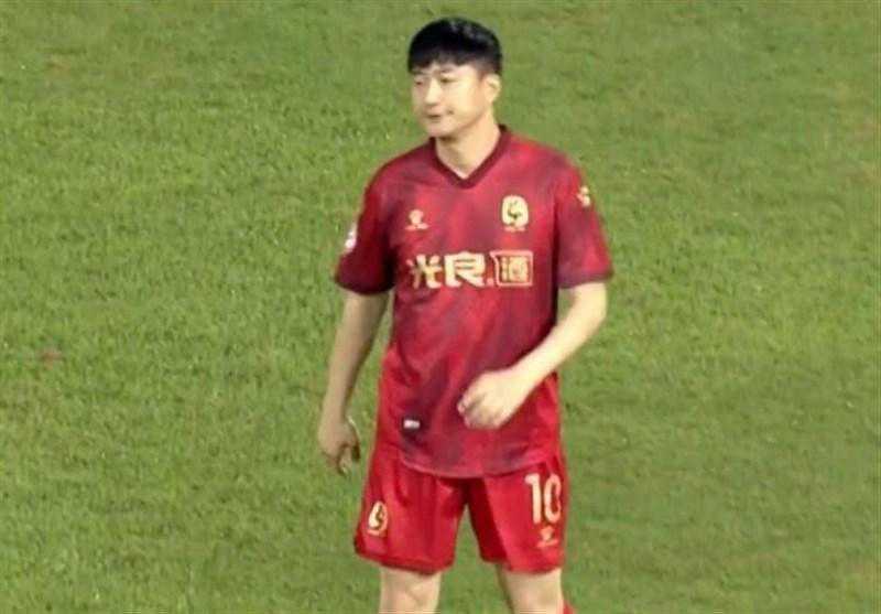 اتفاقی عجیب در فوتبال چین؛ خرید تیم برای میدان دادن به فرزند ناآماده مالک!+ عکس