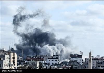 حمله هوایی و توپخانهای رژیم اشغالگر به مناطق مختلف غزه