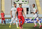 لیگ برتر فوتبال  برتری آلومینیوم مقابل تراکتور در 45 دقیقه اول