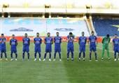 باشگاه استقلال: روی سکوهای ورزشگاه آزادی تبلیغاتی نصب شود، مقابل پدیده بازی نمیکنیم