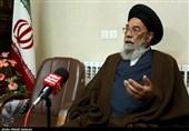 امام جمعه اصفهان: خبرنگاران انصاف را در نوشتههایشان رعایت کنند