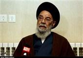 امامجمعه اصفهان: رشد حوزههای علمیه و روحانیون در تقویت دروس خارج است