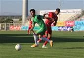 لیگ برتر فوتبال  پیروزی یک نیمهای تراکتور مقابل ماشینسازی