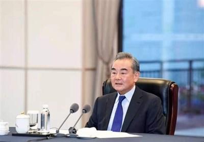 انتقادات زیرکانه وزیر خارجه چین از یکجانبهگرایی آمریکا: تمام کشورها با هم برابرند