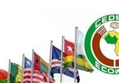مجموعة غرب أفریقیا تعلق عضویة مالی