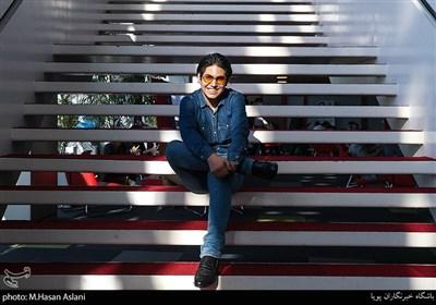 بازیگر فیلم خورشید در ششمین روز سیوهشتمین جشنواره جهانی فیلم فجر در پردیس سینمایی چارسو