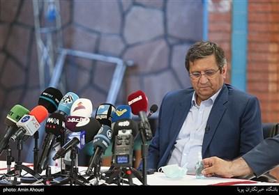 عبدالناصر همتی یکی از نامزدهای انتخابات ریاست جمهوری 1400 در جمع فعالان فضای مجازی و نخبگان
