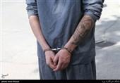 کارمند متخلف بیمارستان شهید محمدی بندرعباس دستگیر شد/کشف مقادیر زیادی داروی ضد کرونا در منزل متهم