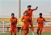 لیگ دسته اول فوتبال  مس کرمان و شهرداری آستارا با پیروزی آشتی کردند/ تقابل استقلال خوزستان و خیبر برنده نداشت