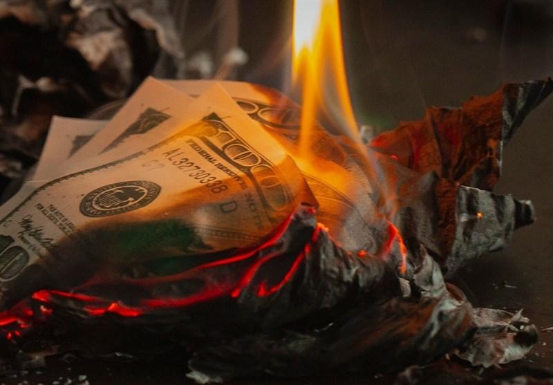 روسیه 5 میلیارد دلار فروخت تا هر چه بیشتر از ارز آمریکا دور شود