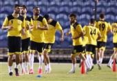 برگزاری تمرین شاداب ملی پوشان فوتبال در ورزشگاه النجمه منامه
