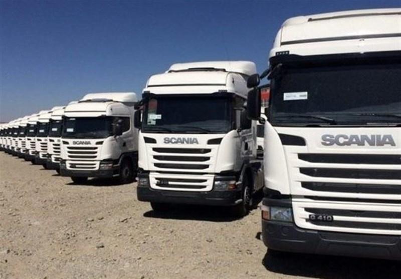 ترخیص همه کامیونهای دپو شده از گمرک تا پایان مهر