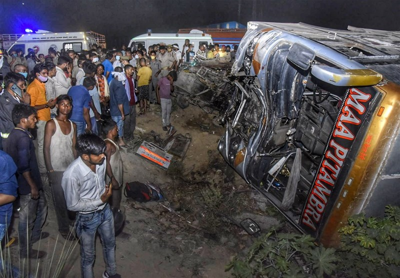 Bus with Migrant Workers Collides with Van in India; 17 ...