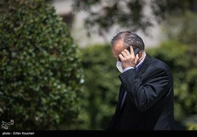 علیرضا رزم حسینی وزیر صمت در حاشیه جلسه هیئت دولت