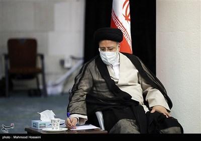 دیدار آیت الله سید ابراهیم رئیسی کاندیدای سیزدهمین دوره انتخابات ریاست جمهوری با دانشجویان دانشگاه تهران