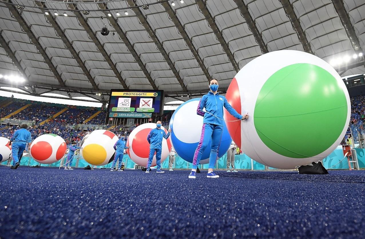 14000321231329723229553510 - مراسم افتتاحیه یورو 2020 مختصر و مفید برگزار شد + عکس