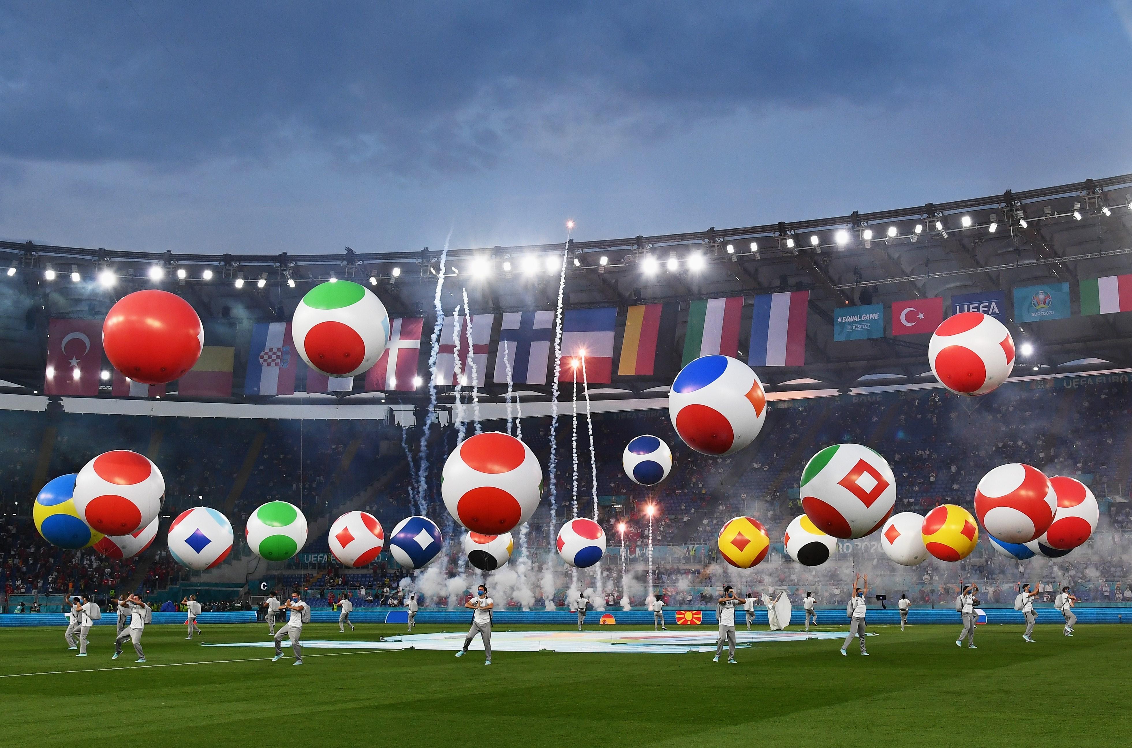 14000321232518928229553910 - مراسم افتتاحیه یورو 2020 مختصر و مفید برگزار شد + عکس