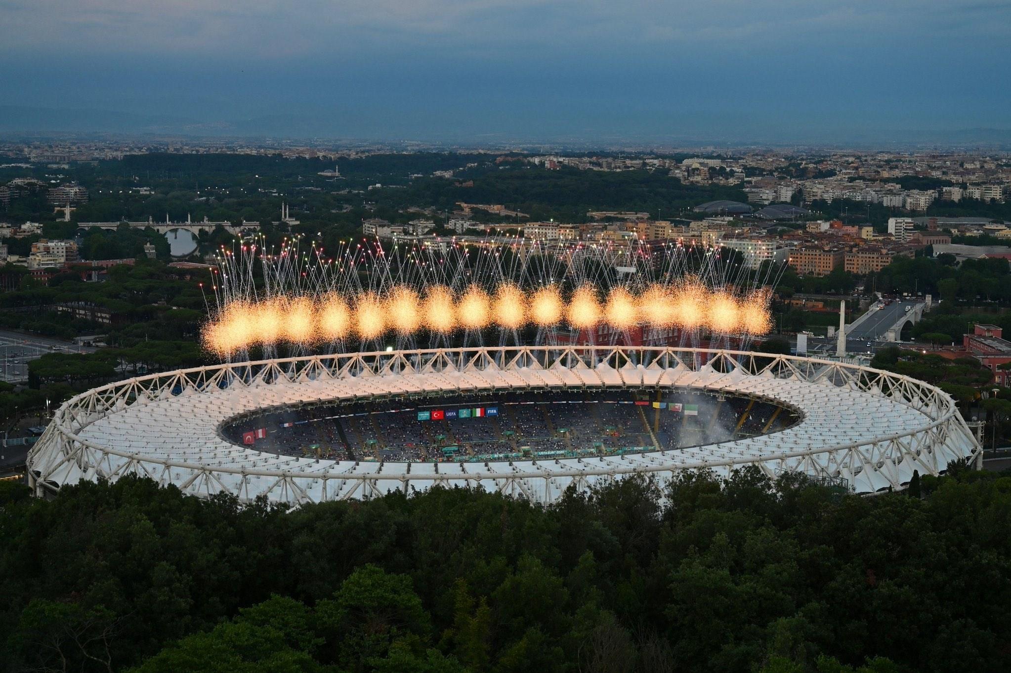 14000321232841506229554710 - مراسم افتتاحیه یورو 2020 مختصر و مفید برگزار شد + عکس