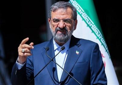 محسن رضایی: گروههای سیاسی به جای نمایش و شعبده بازی باید به فکر مردم باشند / حرکتی نو با دولتی نو در کشور آغاز میکنیم
