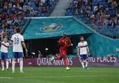 یورو 2020  پیروزی بلژیک در نیمه نخست بازی با روسیه/ لوکاکو گلش را به اریکسن تقدیم کرد + عکس