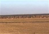 احداث دیوار 650 کیلومتری در مرز عراق با سوریه / ورود تجهیزات جنگی به عین الاسد