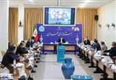 استاندار همدان: احداث شهرکهای گلخانهای تحرک عمدهای در حوزه اشتغال ایجاد میکند