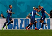 یورو 2020| اسلواکی، لواندوفسکی و یارانش را تسلیم کرد/ اولین کارت قرمز جام نصیب لهستان شد