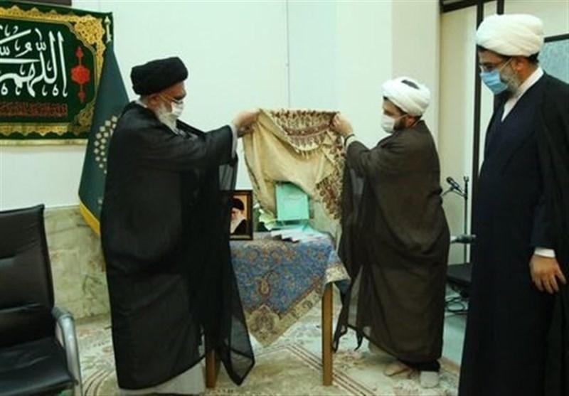 شرح زیارتنامه و زندگی نامه حضرت معصومه (س) رونمایی شد