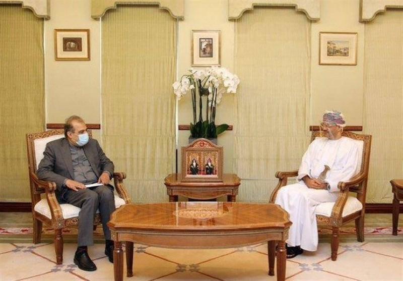 Diplomats Discuss Promotion of Iran-Oman Ties