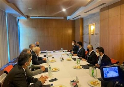 ظریف با رئیس شورای عالی صلح افغانستان دیدار کرد