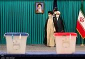رای دادن رهبر معظم انقلاب در روز انتخابات