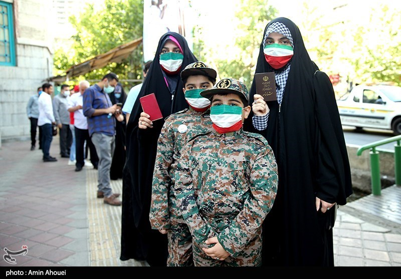 پخش زنده تسنیم از رایگیری انتخابات امروز با حضور خبرنگاران و تحلیلگران