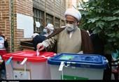 نماینده ولیفقیه در استان کردستان: رأی دادن در نظام جمهوری اسلامی یک مزیت به شمار میآید