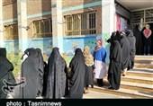 گزارش تسنیم از رای گیری در استان خوزستان؛ مردم استان از ابتدای ساعات آغاز انتخابات پای کار هستند