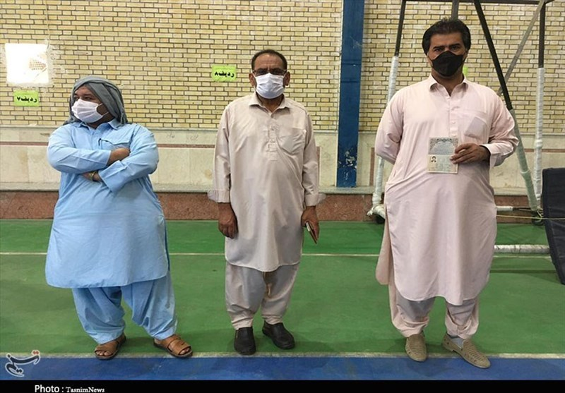 همدلی مردم زاهدان در انتخابات 1400 + تصاویر