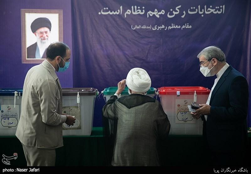 آیت الله جنتی رئیس مجلس خبرگان رهبری درمحل صندوق اخذ رای در شورای نگهبان