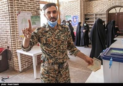 رئیس ستاد انتخابات استان قزوین: مشارکت قزوینیها ۴ درصد بیشتر از کشور بود 