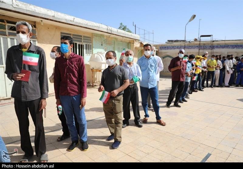 گرمای هوا حریف مردم نشد/شور حضور مردم استان خوزستان در پای صندوقهای رأی