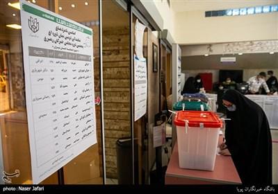 صندوق سیار هنوز به تعدادی از بیمارستانهای تهران اعزام نشده است/ بلاتکلیفی قرنطینهایهای کرونا در خانه!