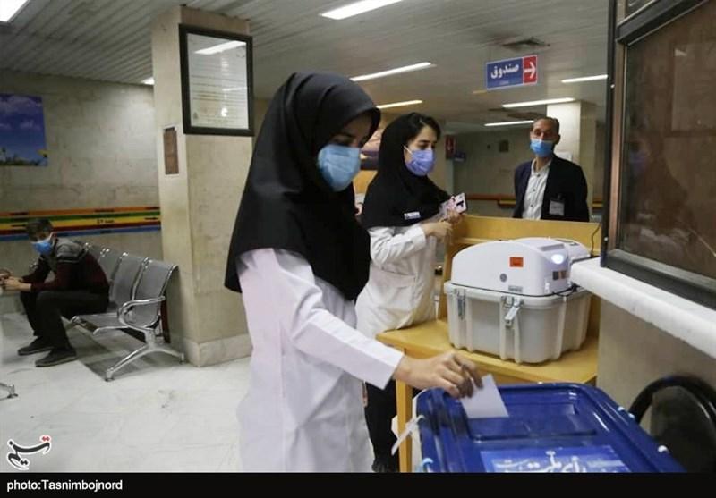 مدافعان سلامت در انتخابات ۱۴۰۰ / کادر درمان خراسان شمالی هم خود را به دریای مردم رساندند + فیلم