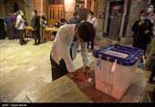 افزایش حضور مردم در شعب اخذ رأی / رأیگیری در استان کرمانشاه ادامه دارد + فیلم