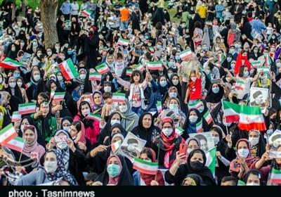 «جشن پیروزی ملت» در خرمآباد به روایت تصویر