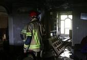 نجات 12 نفر از میان آتش و دود در ملاصدرا + تصاویر