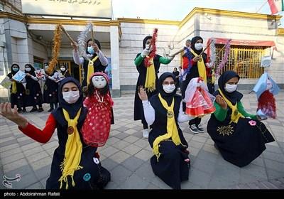 اجرای نمایش چمچه خاتون و آئین باران خواهی در همدان