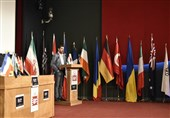 تعریف و تمجید شهاب حسینی از عباس کیارستمی در جشنواره عکس 5
