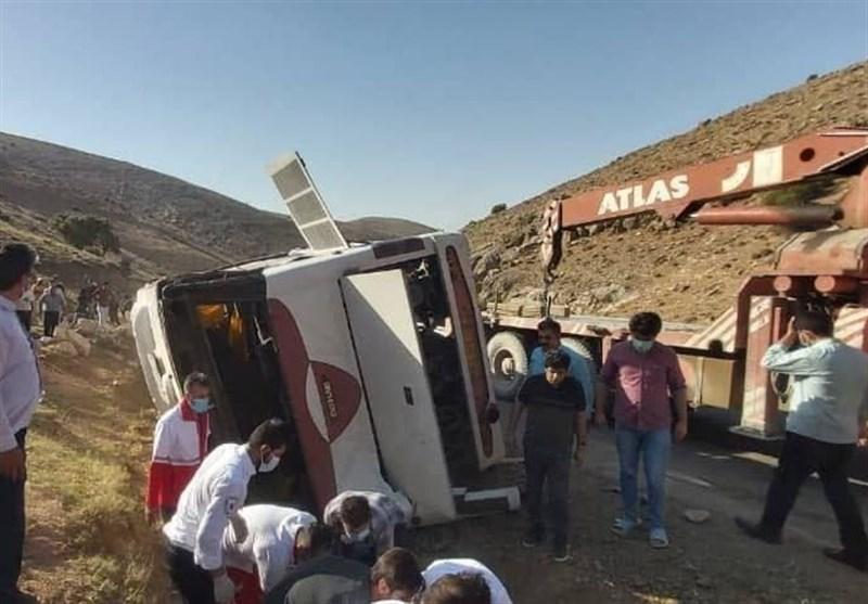 حال مصدومان منتقلشده اتوبوس خبرنگاران به ارومیه خوب است + فیلم
