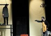 کارگردان نمایش زیپ: تئاتر مقاومت نیازمند دوری از شعارزدگی است