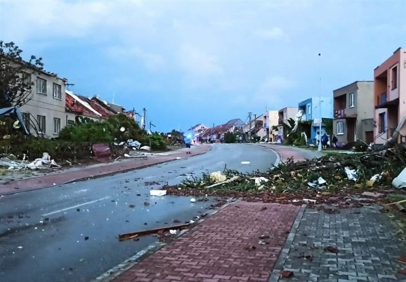 Strong Tornado Rips Through Czech Republic Towns, Injuring Hundreds (+Video)